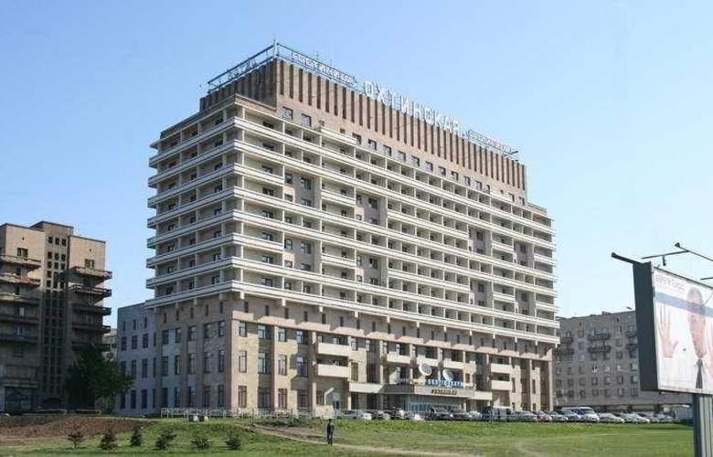 Ohtinskaya - Hotel - 0