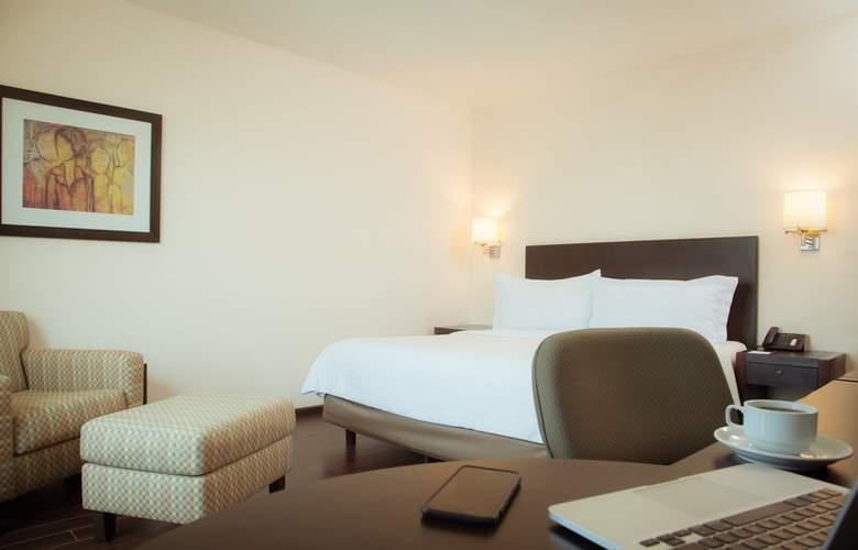 Fiesta Inn Monterrey Fundidora - Room - 2