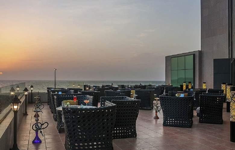 Sofitel Jeddah Corniche - Terrace - 5