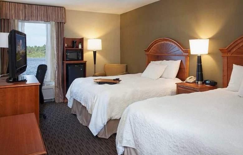 Hampton Inn Port Charlotte - Room - 15