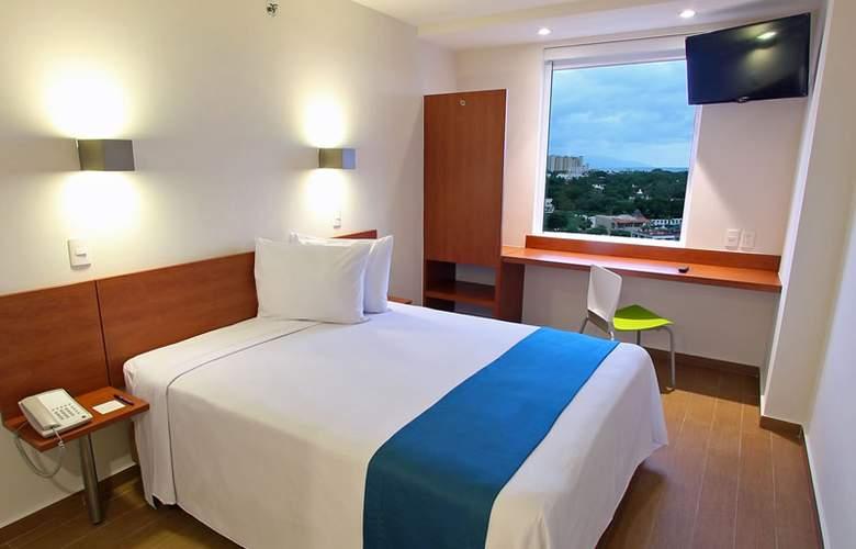 One Puerto Vallarta Aeropuerto - Room - 2