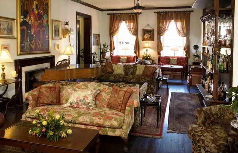 Graycliff Hotel & Restaurant - Hotel - 2