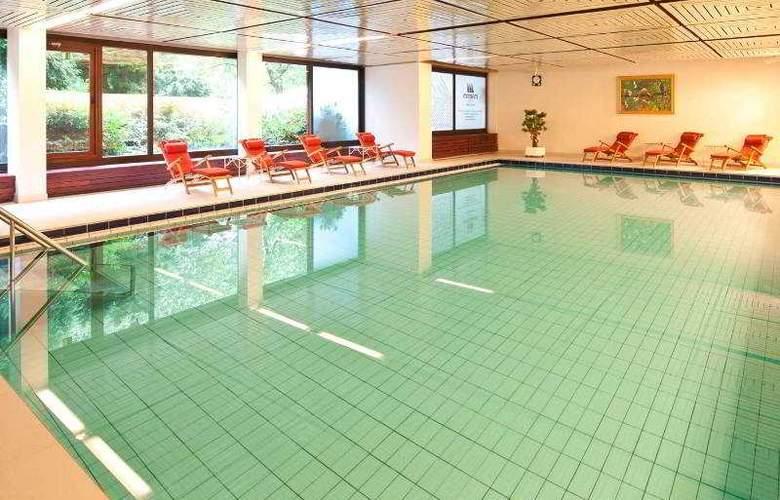 Maritim Gelsenkirchen - Pool - 0