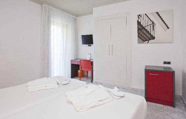 Puerta de Triana - Room - 7