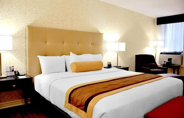 Best Western Plus Montreal Downtown Hotel Europa - Room - 53