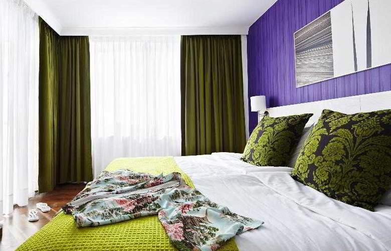 Coral Suites & Spa - Room - 2