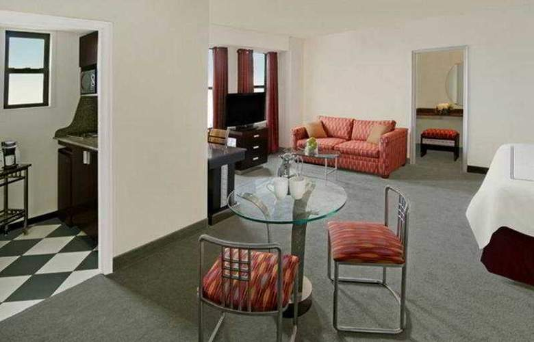 Carlyle Suites Hotel - Room - 4