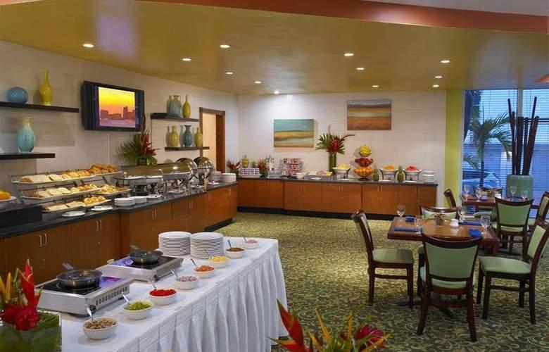 Best Western Plus Atlantic Beach Resort - Restaurant - 95
