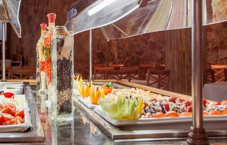 Blue Sea Costa Verde - Restaurant - 35
