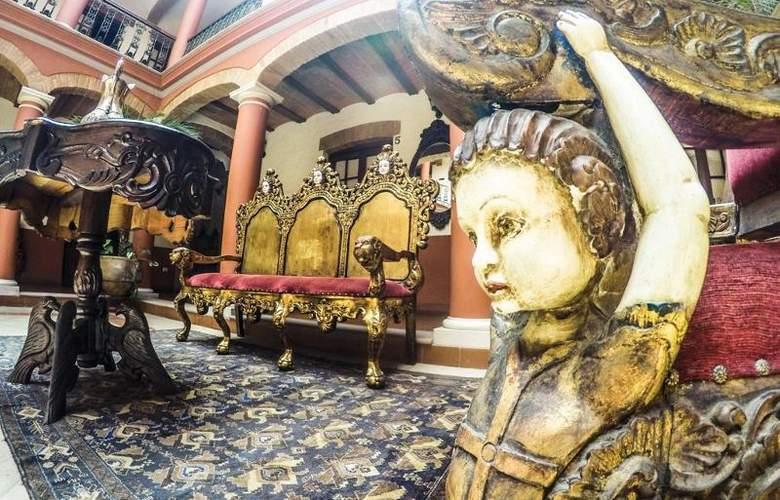 Monasterio - Hotel - 8