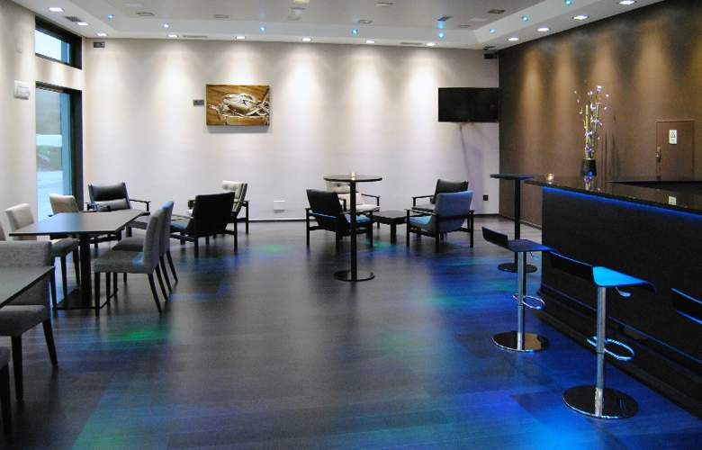 Vale Grande Hotel - Bar - 15