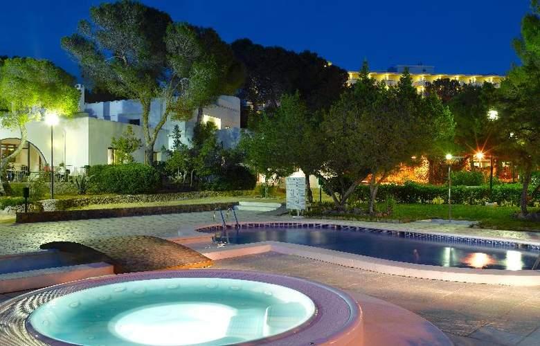 Fiesta Hotel Cala Gracio - Pool - 18