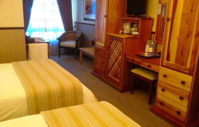 Turnberry Boutique - Room - 7