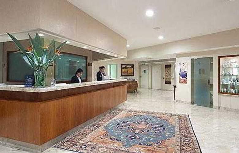 Best Western Park Piacenza - Hotel - 40