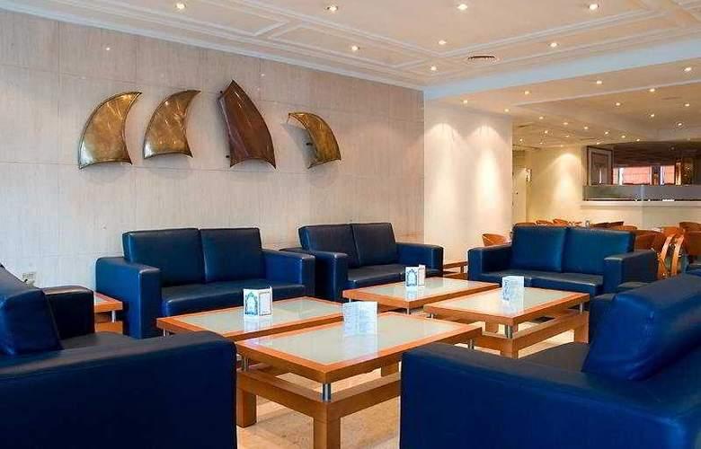 Holiday Inn Lisboa - General - 1