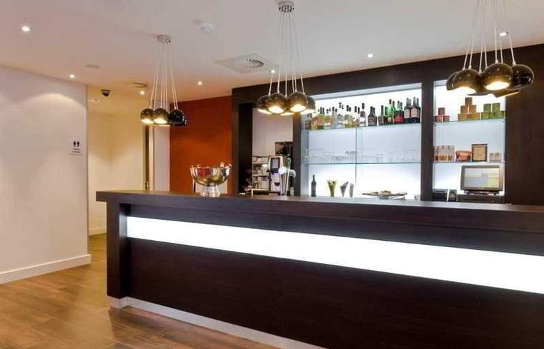 Holiday Inn Express Amsterdam Schiphol - Bar - 8