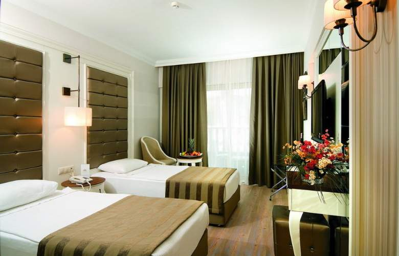 Aydinbey Famous Resort - Room - 14