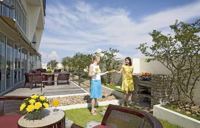 Somerset Hoa Binh - Terrace - 6