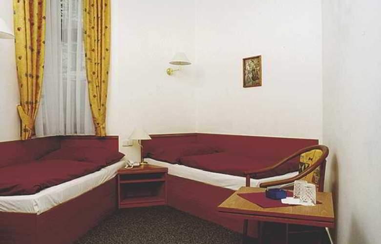 Amadeus Aparthotel - Room - 3