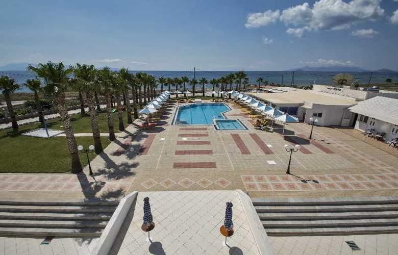 Mammis Beach - Hotel - 7