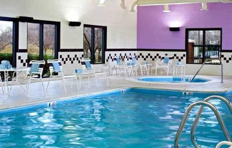 SpringHill Suites Gaithersburg - Hotel - 9