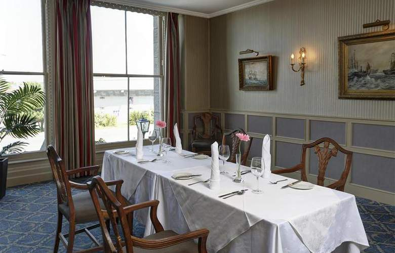 Best Western Duke Of Cornwall Hotel - Restaurant - 98