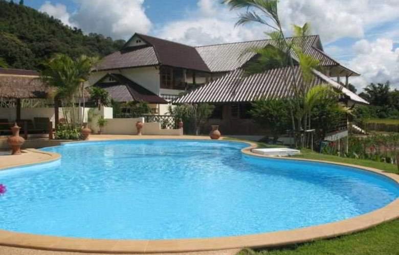 Maekok River Village Resort - Pool - 8