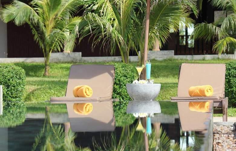 Weekender Resort - Pool - 26