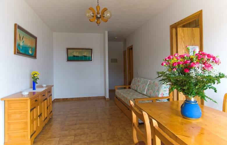 Apartamentos Art - Room - 1