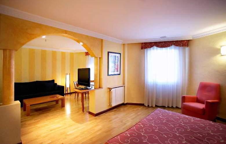 Sercotel Ciudad de Burgos - Room - 46