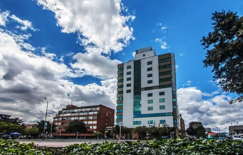 Andes Plaza - Hotel - 0