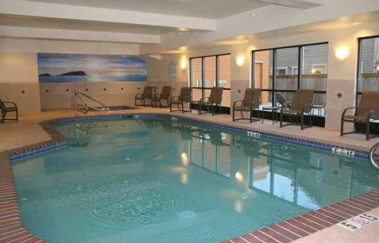 Hampton Inn & Suites Arcata - Hotel - 2