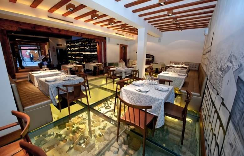 Posada del Leon de Oro - Restaurant - 4