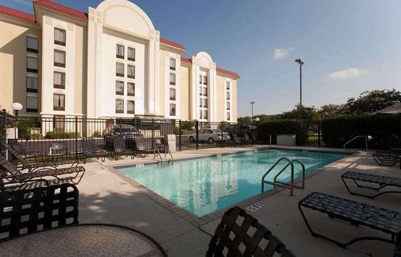 Comfort Suites University - Hotel - 0
