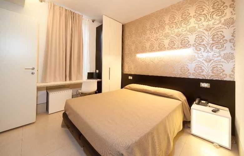 Savoy Parma - Room - 2