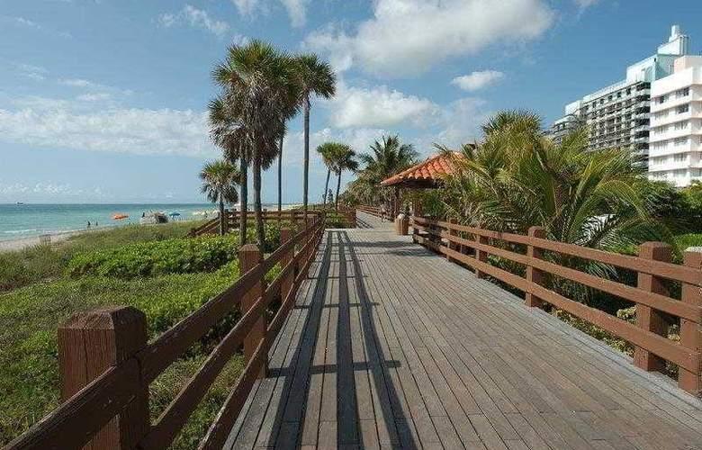 Best Western Plus Atlantic Beach Resort - Hotel - 12