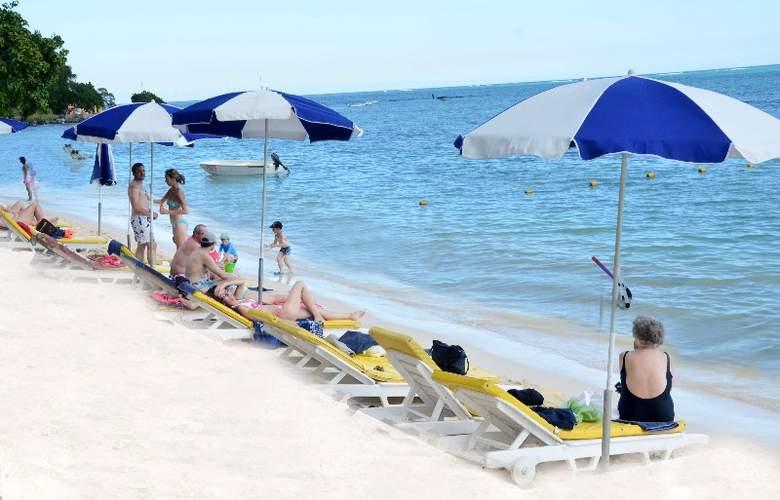 Tarisa Resort Spa - Beach - 20