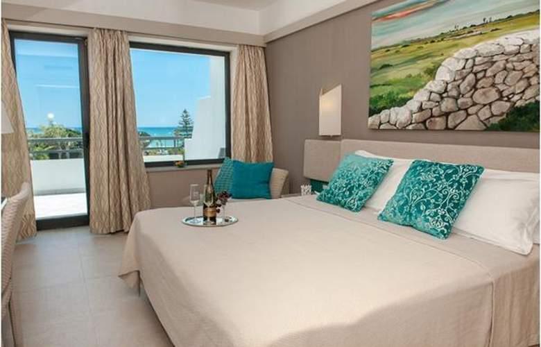 Acacia Marina Palace - Hotel - 3