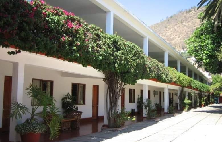 Los Olivos Spa - Hotel - 2