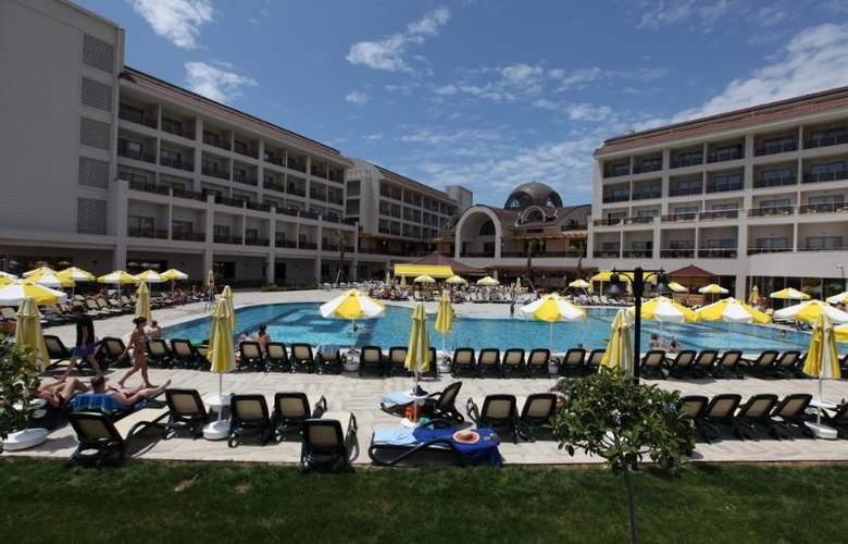 Seher Sun Palace - Pool - 10