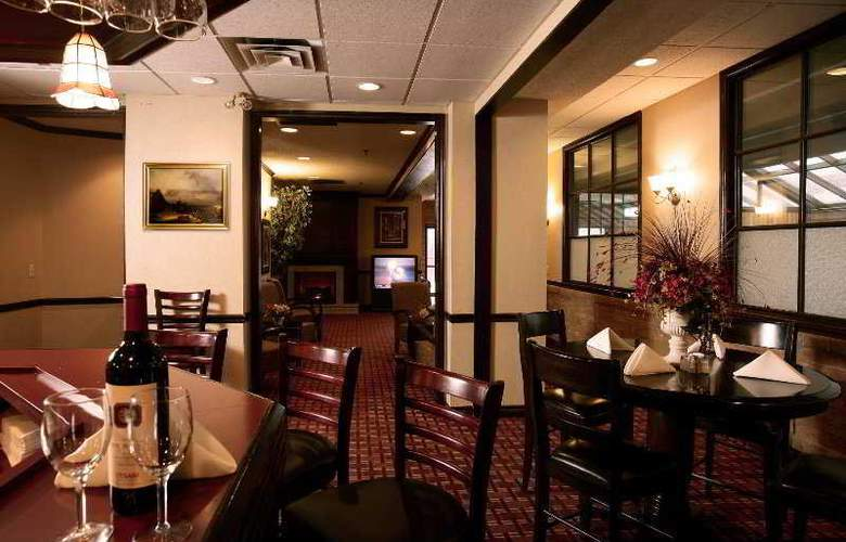 Best Western Plus Toronto Airport - Restaurant - 7