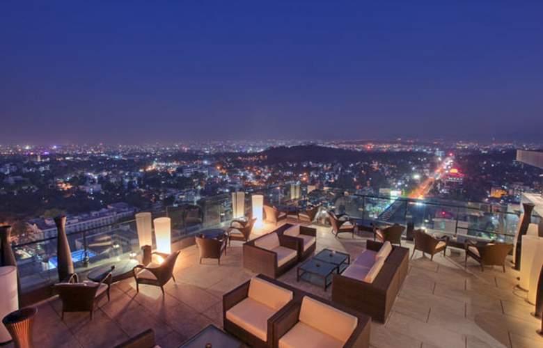 JW Marriott Hotel Pune - Terrace - 9