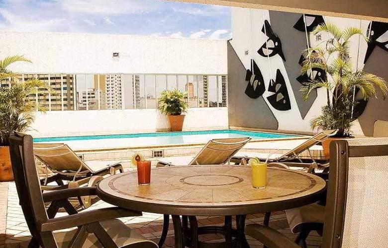 Augustus Plaza Inn - Hotel - 8
