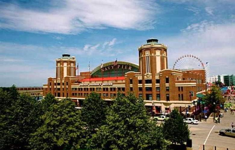 Fairfield Inn & Suites Chicago Downtown - Hotel - 14