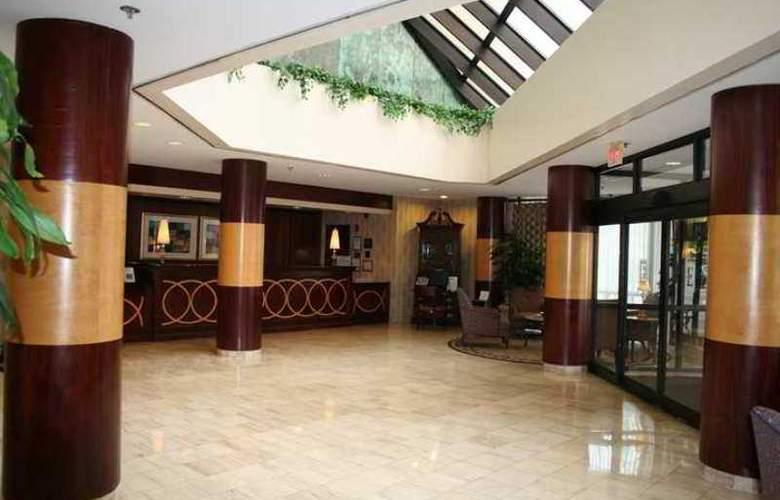 Embassy Suites Atlanta - Galleria - Hotel - 3