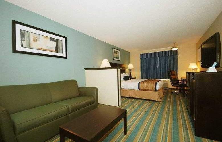 Berkshire Hills Inn & Suites - Hotel - 7