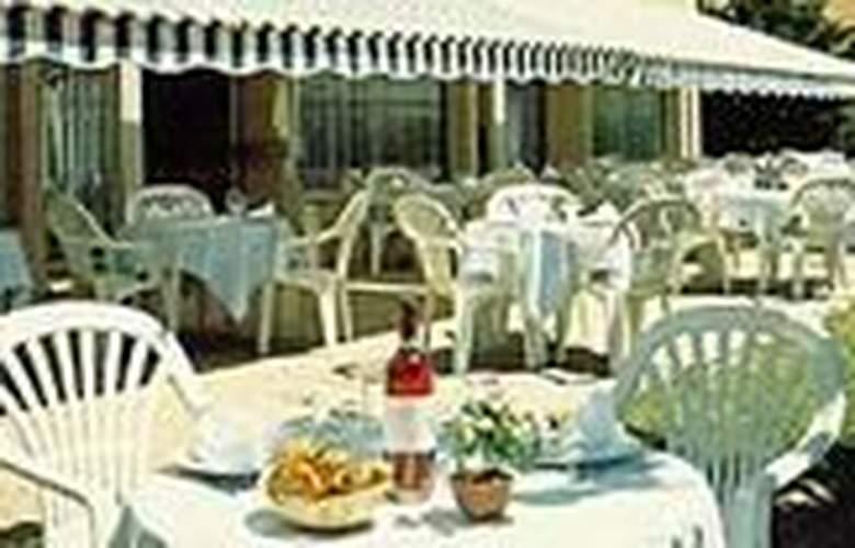 Stars Montpellier - Hotel - 0