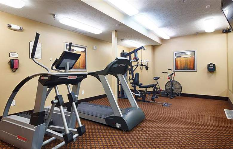 Best Western Plus Grand Island Inn & Suites - Sport - 54