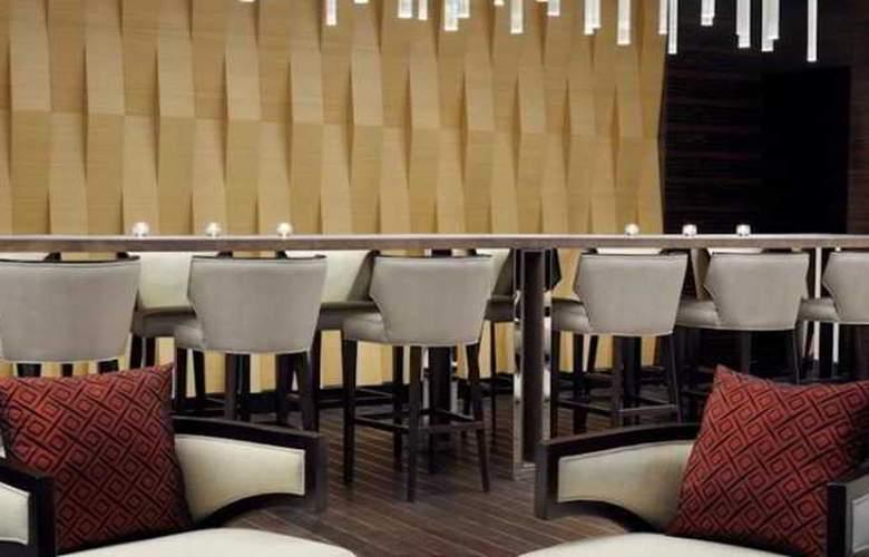 Marriott Executive Apartments Dubai Al Jaddaf - Restaurant - 11