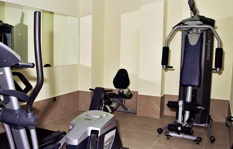 Invisa Hotel La Cala - Sport - 10